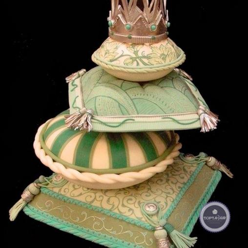 праздничный торт горошинка